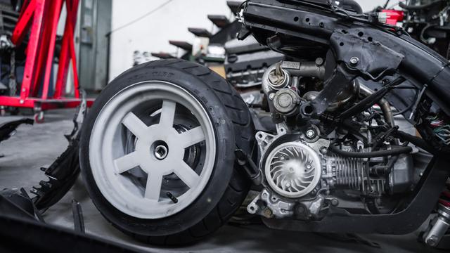 Dirombak Jadi Low Rider, Honda BeAT Ini Disuntik Mesin Turbo (12774)
