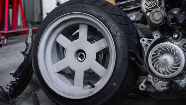 Dirombak Jadi Low Rider, Honda BeAT Ini Disuntik Mesin Turbo (12772)
