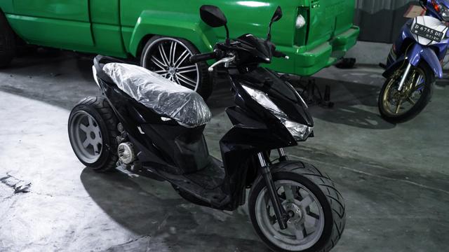 Dirombak Jadi Low Rider, Honda BeAT Ini Disuntik Mesin Turbo (12773)