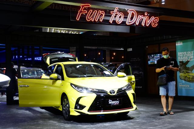 Berita Menarik: Usulan Hapus Pajak Motor; Cicilan Murah Toyota Yaris  (332695)
