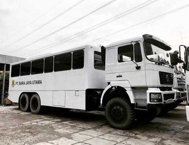 Unik, Begini Wujud Bus yang Dipakai di Perusahaan Tambang (1165214)