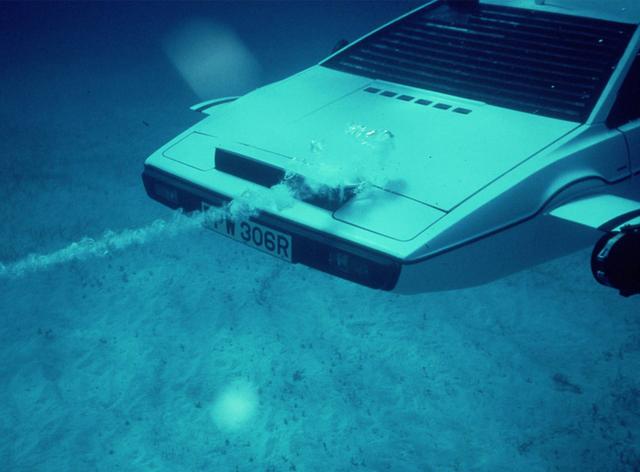 Inilah Lotus Esprit 1977 James Bond yang Dapat Menyelam (1052442)