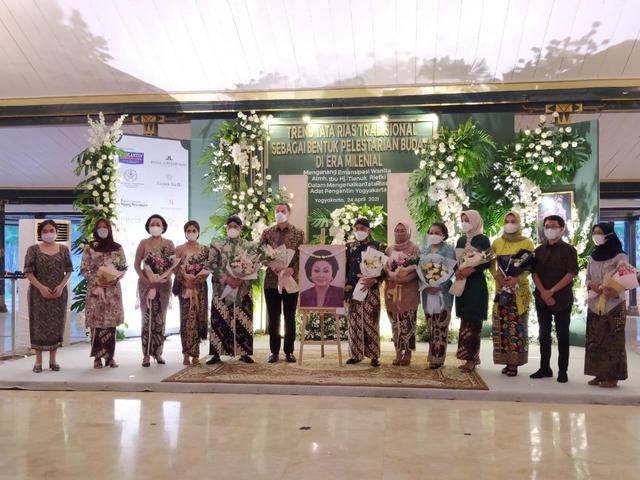 Mengenang Sosok Tienuk Riefki, Tokoh Emansipasi Wanita dari Jogja (483359)