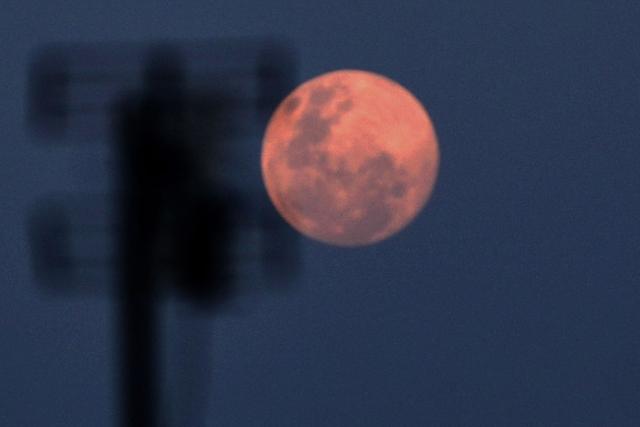 Gerhana Bulan Total Hiasi Langit Indonesia 26 Mei 2021, Catat Waktunya (7767)