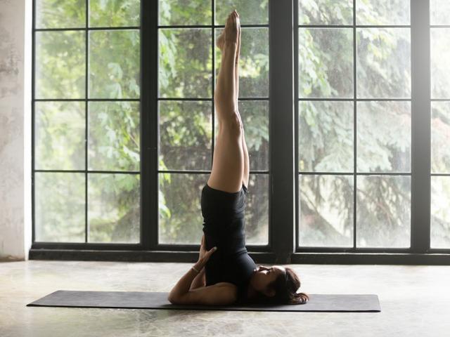 7 Pose Yoga untuk Tingkatkan Kesuburan agar Cepat Hamil (7)
