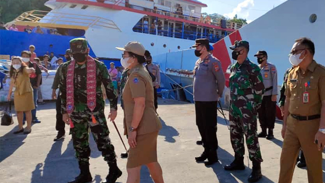 Danlanud Sam Ratulangi Kunjungi Kabupaten Sitaro Tinjau Lahan Pos TNI AU (74386)