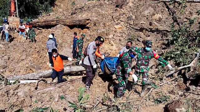 Jumlah Korban Tewas Akibat Longsor di Tapanuli Selatan Jadi 9 Orang (666102)