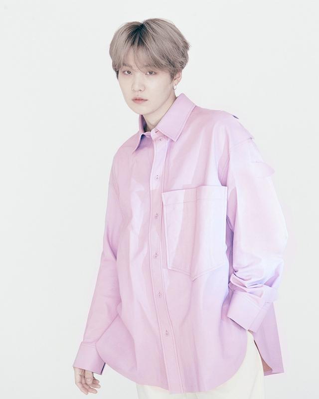 Tampilan Perdana Idola K-Pop BTS Jadi Brand Ambassador Louis Vuitton (212675)