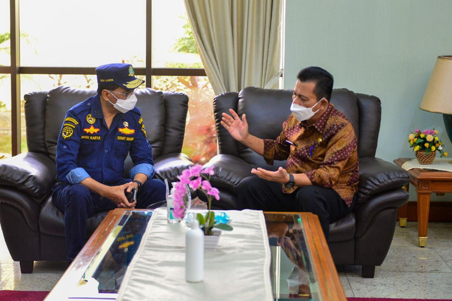 Menhub Persilakan BUMD Gandeng Investor Garap Pelabuhan Malarko Karimun (810956)