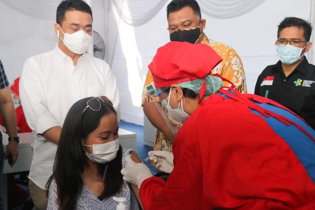 400 Ribu Stok AstraZeneca Kedaluwarsa Akhir Juni, Wagub DKI Optimalkan Vaksinasi (1)