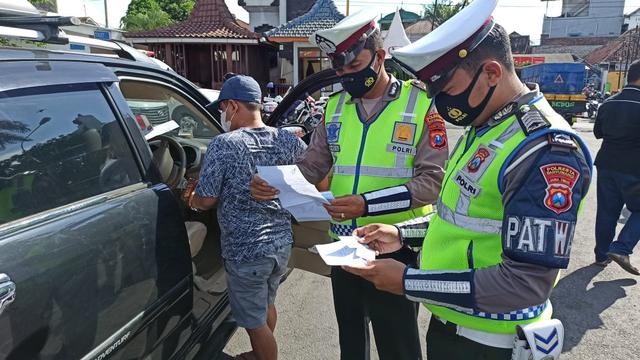 Korlantas Tambah Pos Penyekatan Larangan Mudik Jadi 381, Dari Palembang-Bali (114727)