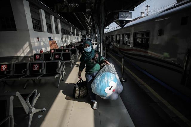KAI Daop 1 Jakarta Hanya Operasikan 7 KA Selama Larangan Mudik 2021 (43342)