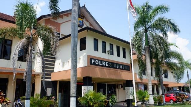 Bentuk Lontong Juga Jadi Petunjuk Polisi Ungkap Kasus Sate Beracun Sianida (318717)