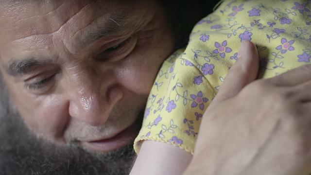 Kisah Dedikasi Pria Muslim AS Rawat 80 Anak Telantar yang Sakit Parah (411583)