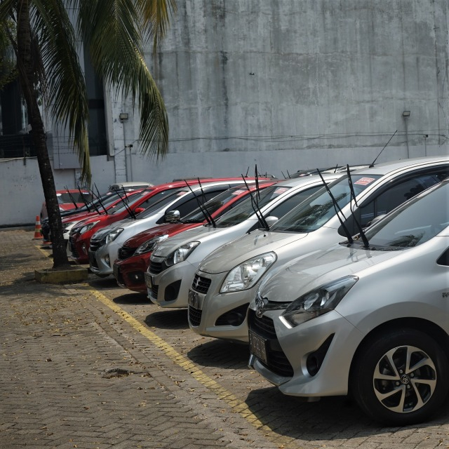 Daftar Mobil Bekas di Bawah Rp 100 Juta, Banyak Produksi Tahun Muda! (97300)