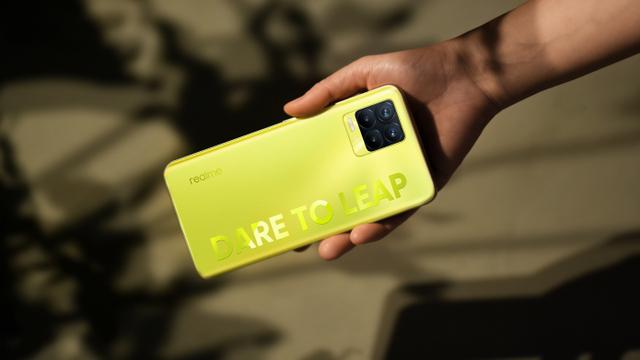 Realme 8 Pro Illuminating Yellow Rilis di Indonesia, Ini Spesifikasi dan Harga (362424)