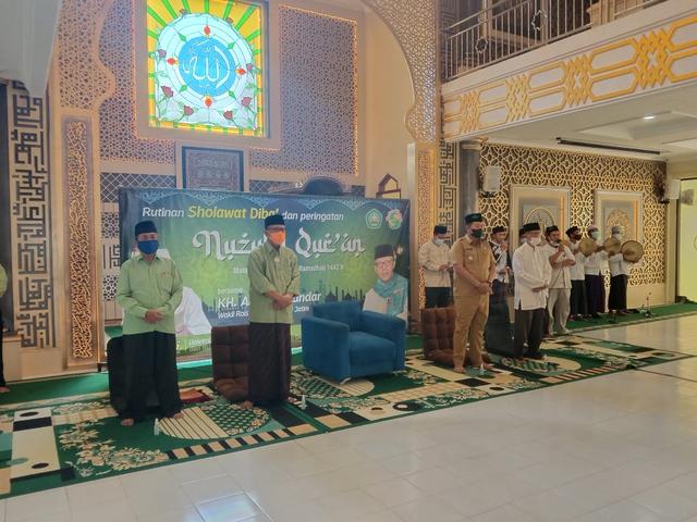 Unisma Diba' Peringati Nuzulul Quran bersama PWNU Jatim (38994)