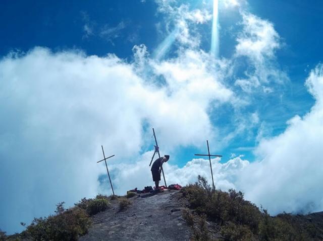 Fakta Geologis Menarik Gunung Inie Rie: Gunung Api Aktif Tertinggi di Flores (44137)