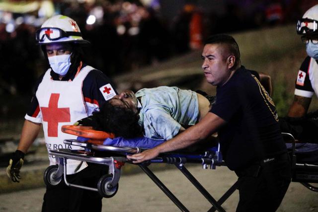 Insiden Jembatan Layang Ambruk di Meksiko Tewaskan 15 Orang, Lukai 70 Lainnya (38352)