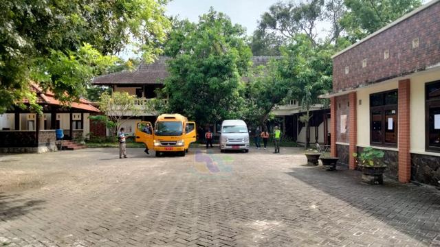 13 Pekerja Migran Indonesia yang Direpatriasi Kembali Tiba di Bojonegoro (32273)