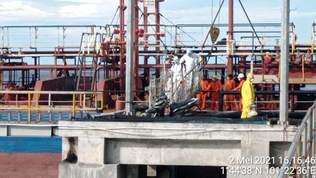 Tak Hanya 1 Orang, Bahkan Ada 4 ABK Kapal WN India Positif Corona di Dumai, Riau (114080)
