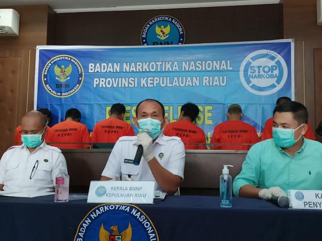 BNN Sita 20 Kg Sabu dari 6 Pelaku Jaringan Narkoba Internasional di Kepri (41668)