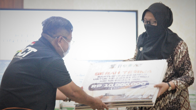 ACT Berikan Bantuan Kehormatan Kepedulian Bagi Patriot KRI Nanggala-402 (198769)