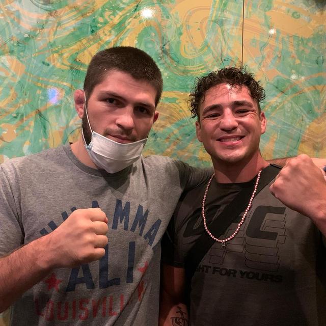 Ini 5 Petarung Hebat yang Pernah Dibuang UFC (110312)