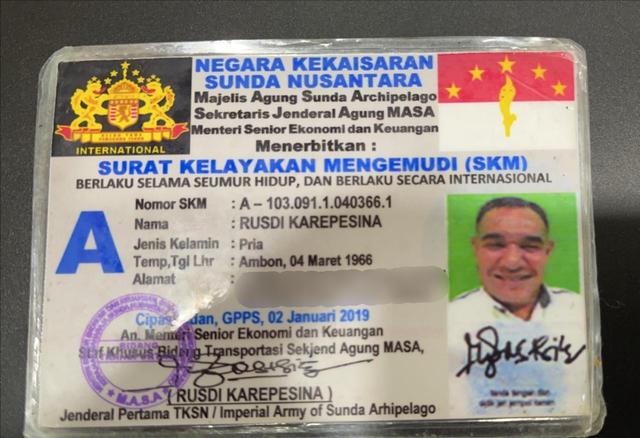 Polisi: Rusdi Jenderal Sunda Nusantara Punya SIM RI, tapi Tak Mau Ditunjukkan (451961)