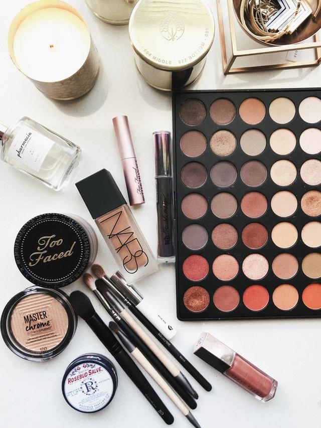 7 Tips Makeup Natural untuk Hari Raya Idul Fitri (232451)