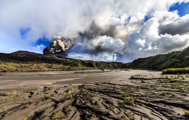 Fakta Geologis Gunung Dukono, Periode Aktivitas Erupsi Terpanjang di Indonesia (306039)