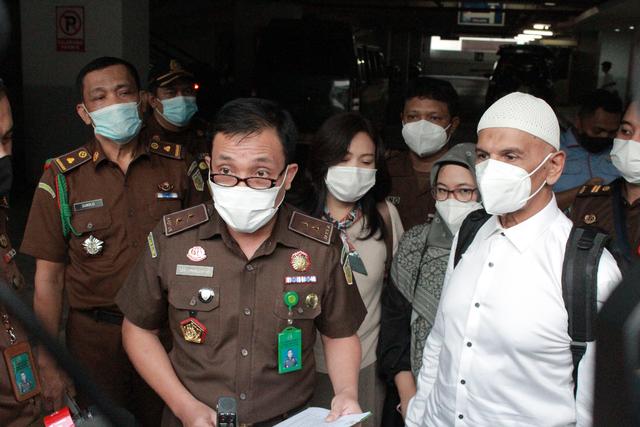 Pertimbangan Hakim Jadikan Mark Sungkar sebagai Tahanan Kota (737494)