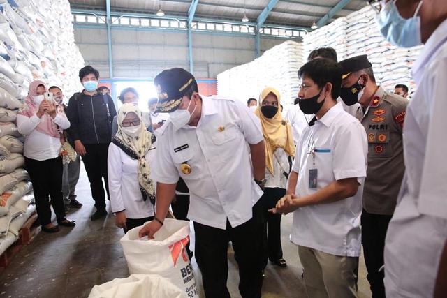 Hadapi Hari Raya Idul Fitri 1442 H, Gubernur Lampung Pastikan Stok Pangan Aman (110071)