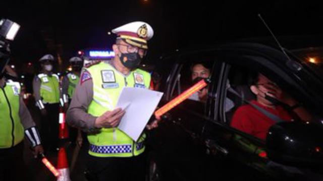 Ganjil Genap Jakarta Berlaku 12 Agustus 2021, Pelanggar Langsung Kena Tilang? (88555)
