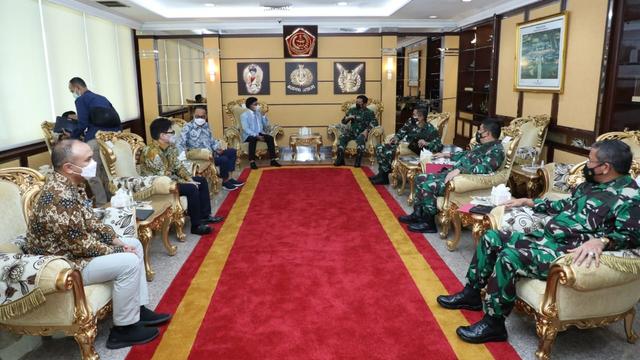 Kemenkominfo Akan Bangun 5.000 BTS di Papua dan Natuna, TNI Siap Amankan (96211)