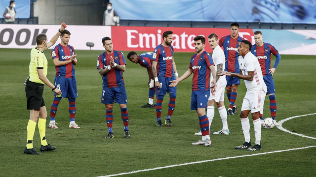Deportivo Alaves vs Levante: Prediksi Line Up, Head to Head & Jadwal Tayang (13306)