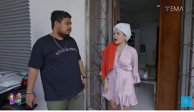 Melihat Isi Rumah Minimalis Dinar Candy, Ada Brankas Berisi Uang Rp 400 Juta (28120)