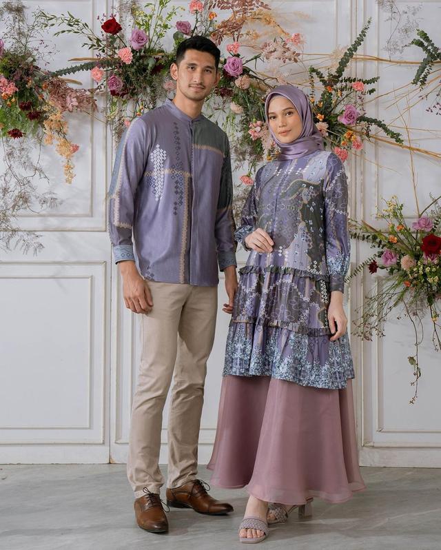 5 Rekomendasi Baju Couple untuk Tampil Kompak dengan Pasangan saat Lebaran (107551)