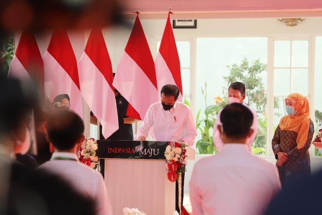Hasilkan Listrik 11 Megawatt dari Sampah, Jokowi Minta Kota Lain Tiru Surabaya (5057)