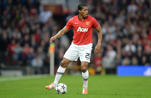 Kisah Antonio Valencia, Dari Pemulung hingga Kapten Manchester United (126595)