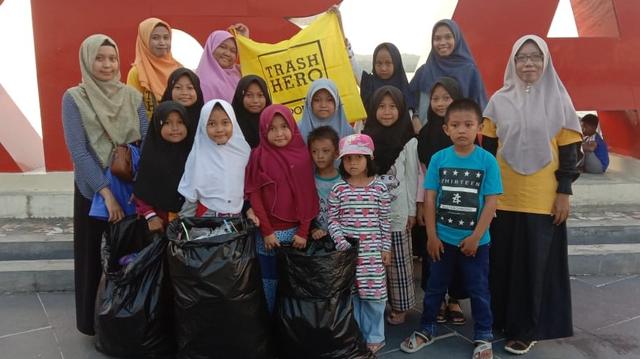 Kisah Heni Winarsih, Berjuang Menjaga Lingkungan dari Sampah Plastik (127878)