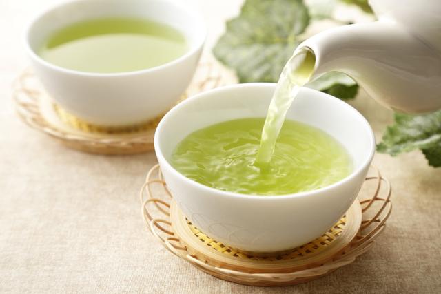 Usai Banyak Makan Daging, Coba 7 Minuman Ini untuk Menetralisir Lemak di Tubuh (749701)