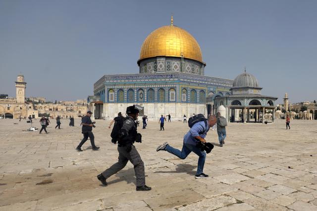 Pesan Imam Besar Masjid Istiqlal Soal Penyerangan Israel ke Al-Aqsa (132241)