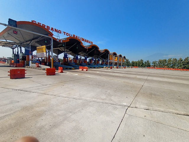 H-3 Lebaran, Lalin di Tol Cipali Terpantau Lengang Didominasi Kendaraan Logistik (298567)