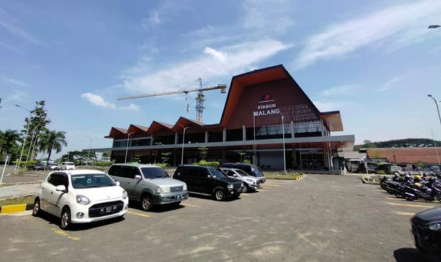 Gedung Baru Sisi Timur Stasiun Kota Malang Mulai Dibuka untuk Umum (41526)