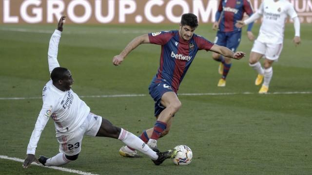 Levante vs Barcelona: Prediksi Line Up, Head to Head & Jadwal Tayang (1210082)