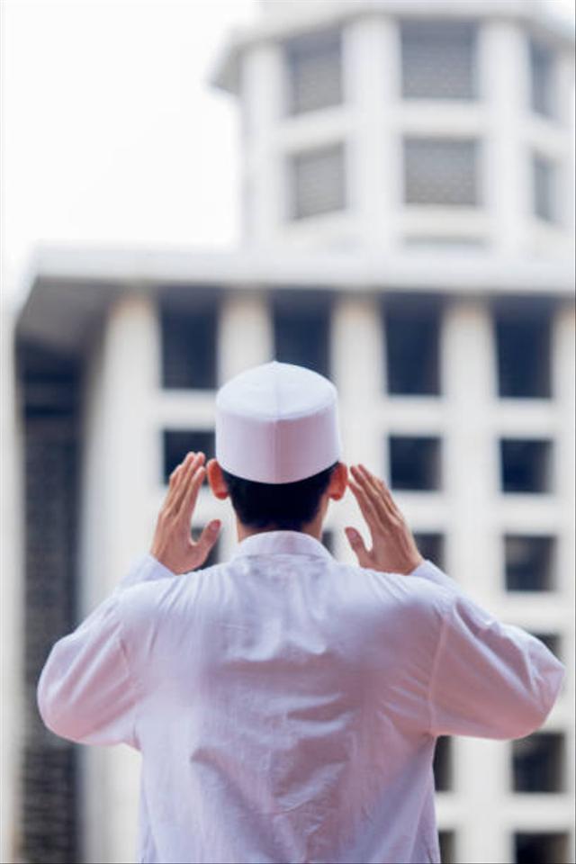 Bacaan Doa Setelah Adzan dan Keutamaan bagi yang Mengamalkannya (869461)