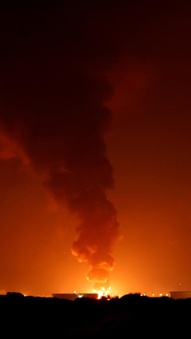 Foto: Dampak Serangan 130 Roket Militan Palestina ke Israel (72156)