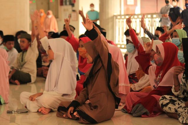 ACT dan MRI Jakarta Barat Gelar Buka Puasa Bersama Yatim (227791)