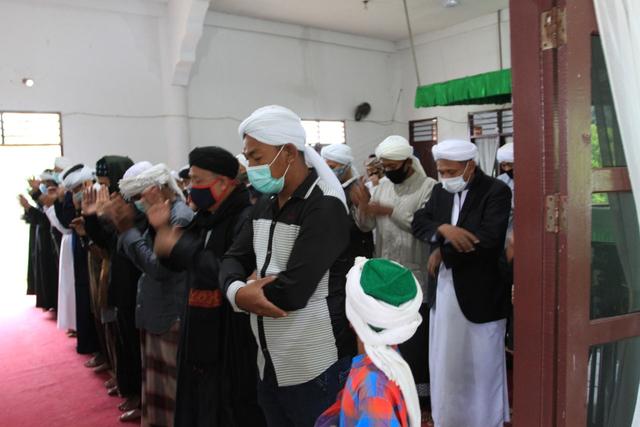 Jemaah Tarekat Naqsabandiyah di Sumut Rayakan Lebaran Hari Ini (138509)